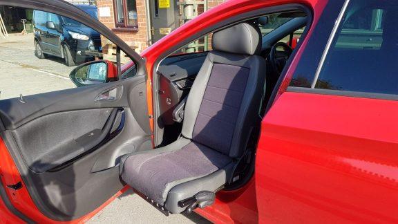 Vauxhall Astra Swivel Seat